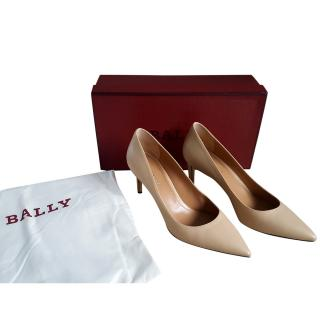 Bally pale nude pumps