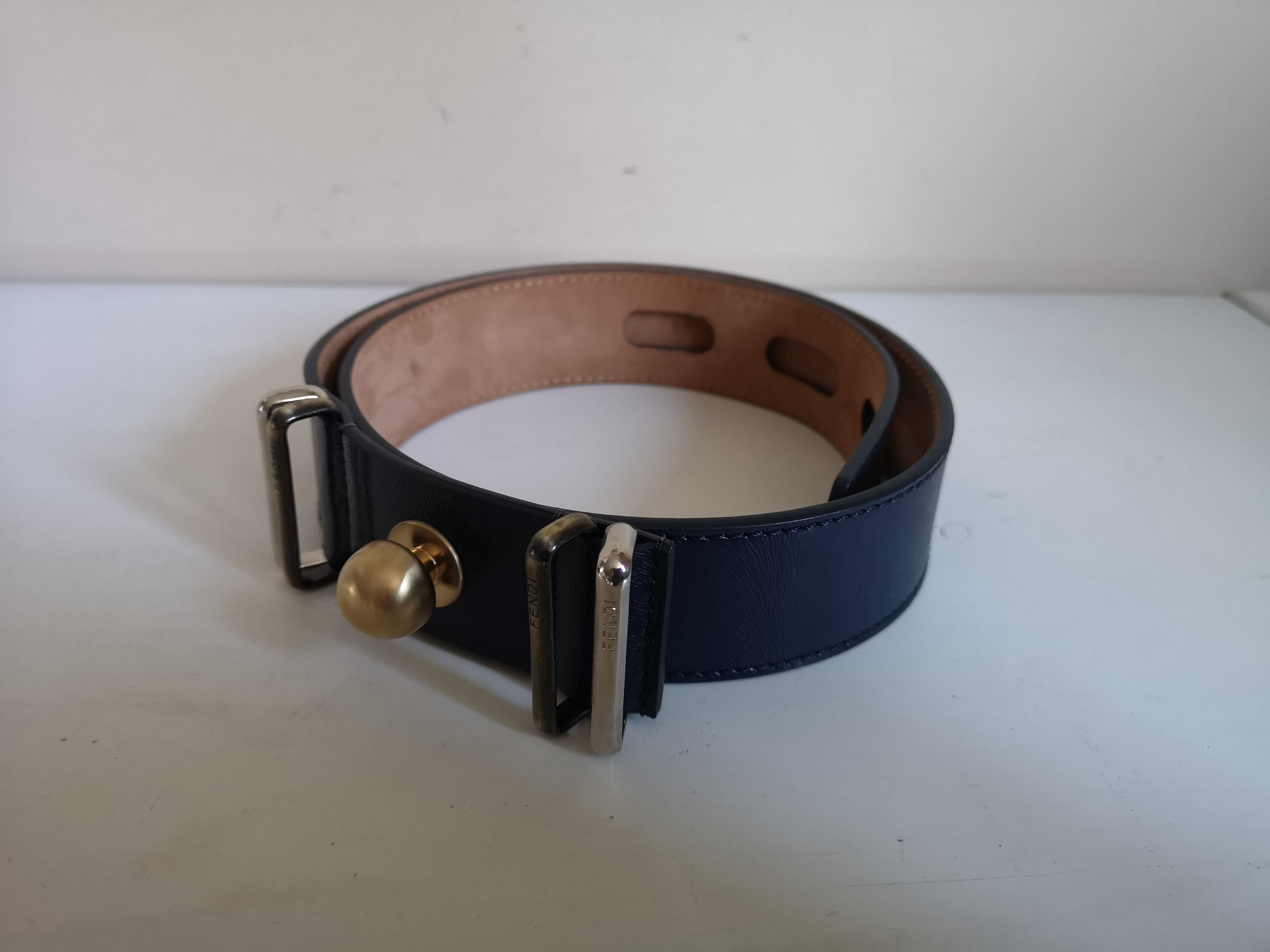 fc7b1e3539 Fendi Leather Belt