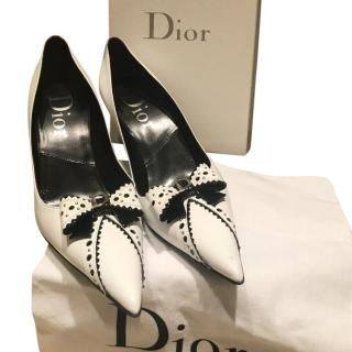 Dior White Pointed Toe Pumps