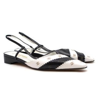 Chanel Monochrome Striped Chevron Trim Flat Sandals