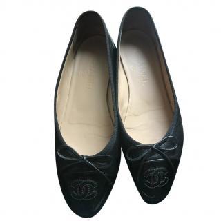 Chanel Black Patent Toe-Cap Ballet Flats
