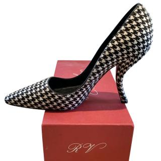 Roger Vivier houndstooth calfhair Pumps