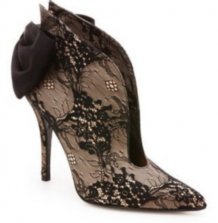 Stuart Weitzman Plunge nude luxe lace shoes