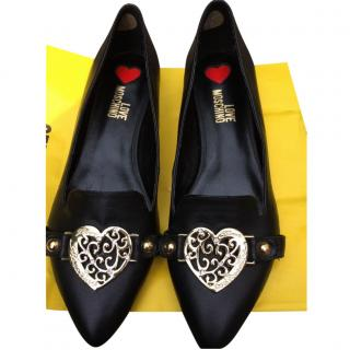 Love Moschino Heart Buckle shoes