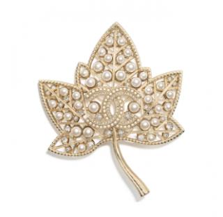Chanel maple leaf pearl & crystal brooch