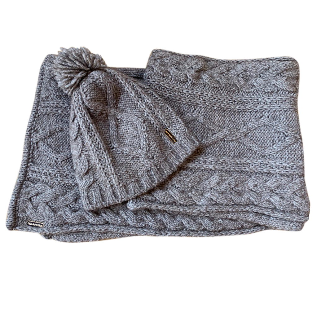 Paul & Shark Beanie and Scarf set
