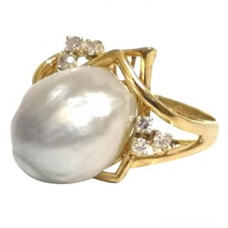 Vintage Baroque South Sea Pearl & Diamond Ring Gold