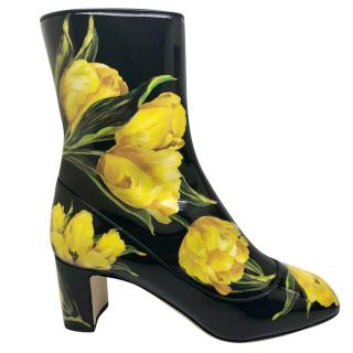 Dolce & Gabbana patent leather tulip boots
