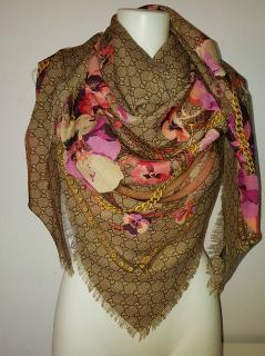 Gucci Monogram Pink Floral Wool Scarf