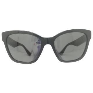 Miu Miu Oversize sunglasses