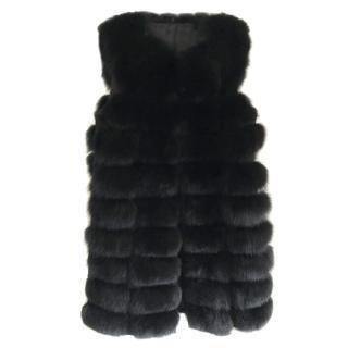 Bespoke fur sleeveless vest