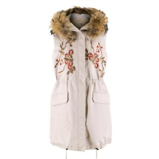 P.A.R.O.S.H. Floral Embroidered Gilet with Fur Trim