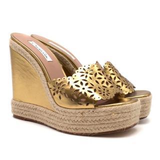 Oscar De La Renta Gold Lazer-Cut Wedge Sandals