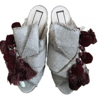 No.21 pompom & tassel-embellished bow heeled mules