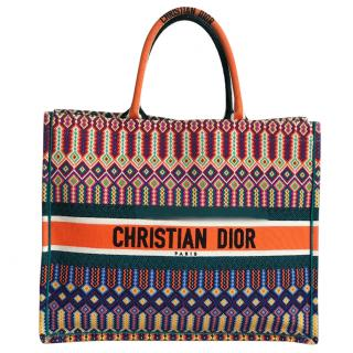 Dior embroidered book tote - sold out