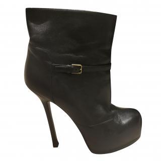 Yves Saint Laurent leaher platform ankle boots