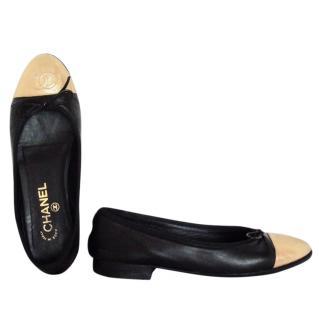 Chanel black gold ballet flats ballerinas