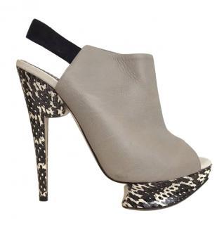 Nicholas Kirkwood Grey Leather Sling-Back Heels