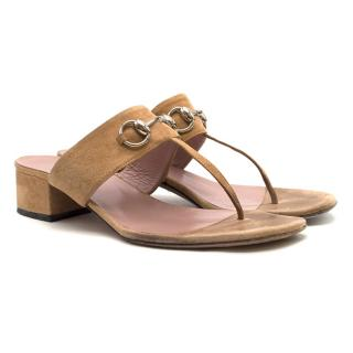 Gucci Horsebit tan-brown suede T-bar sandals