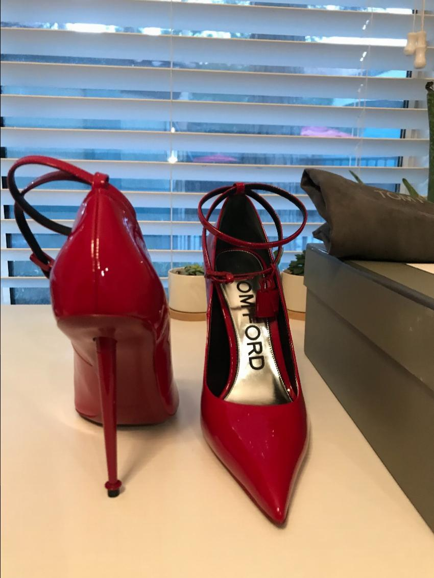 d7184d7fa3 Tom Ford Laquered Patent Padlock Pumps - Ruby Red. 31. 12345678910