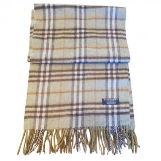 Burberry olive green cashmere scarf