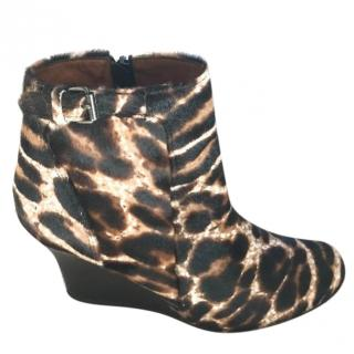 Lanvin calf skin leopard print ankle boots