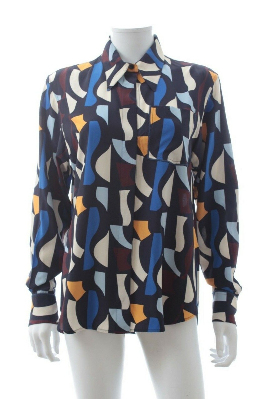 b9f54f1bcdc5c Victoria Beckham Abstract Print Silk Shirt. 28. 12345