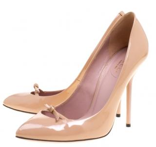 Gucci Nude Patent Leather High Heel Pumps RRP�750
