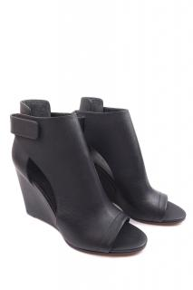 VINCE Katia Leather Wedges
