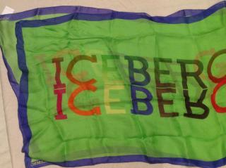 Iceberg scarf