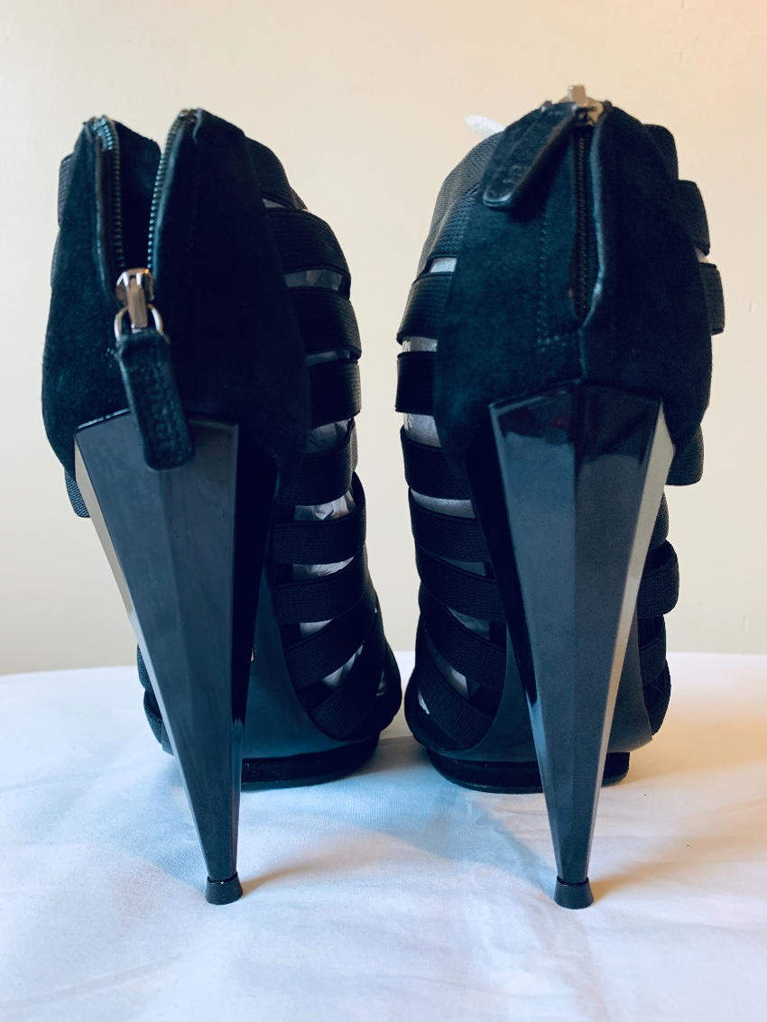 ee7fe4360 Gucci Isadora Elastic Gladiator Booties170377 | HEWI London