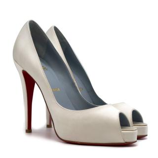 Christian Louboutin Very Prive 120mm off-white satin pumps