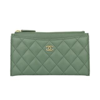 CHANEL Green Caviar Iridescent Pouch O-Case