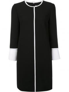 Victoria Victoria Beckham Pleat Cuff Wool-Crepe Shift Dress