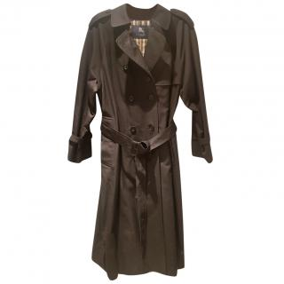 073955d4123 Burberry Black Trench Coat