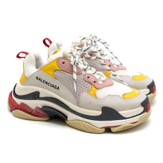 Balenciaga Triple S Low-Top Trainers - Current Season