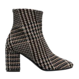 Balenciaga Prince of Wales boots