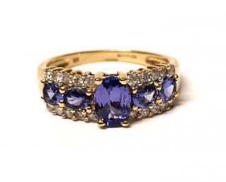 Bespoke Tanzanite & Diamond Cluster Ring