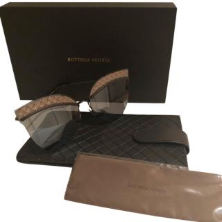 Bottega Veneta cat-eye sunglasses