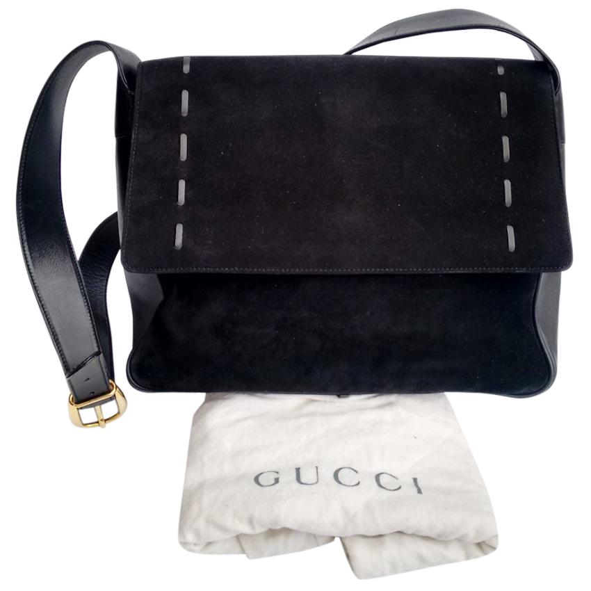 b34d38dd7db59 Gucci Vintage Black Leather Crossbody Bag
