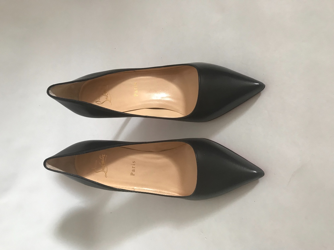 newest 8c573 fa0c6 Christian Louboutin Pigalle Nappa Shiny 85 Pumps