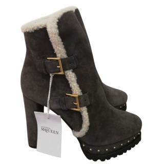 Alexander McQueen fleece-lined suede ankle boots