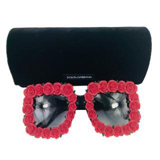 258e8af70fff Dolce   Gabbana Roses-Embellished Oversized Sunglasses