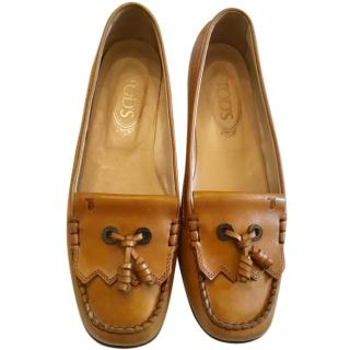 Tod's Tan Moccasin Loafers