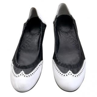 Hermes black and white flats
