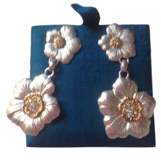 Lucrezia Buccellati  Gardenia Flower Brown Diamond Earrings