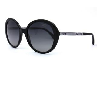 Chanel chain-arm oversized sunglasses