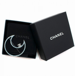 Chanel Jewelled Ruthenium Crescent Moon Brooch