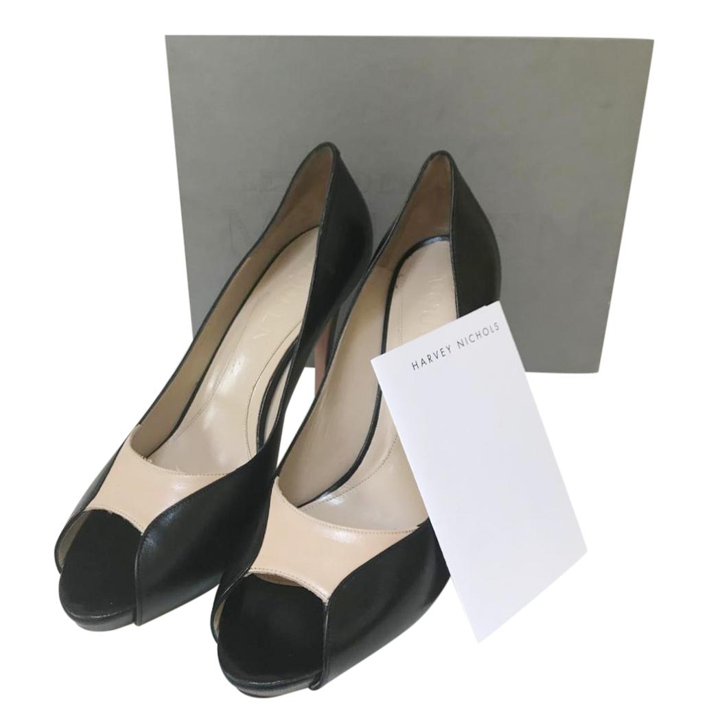 Alexander McQueen black and cream heeled pumps