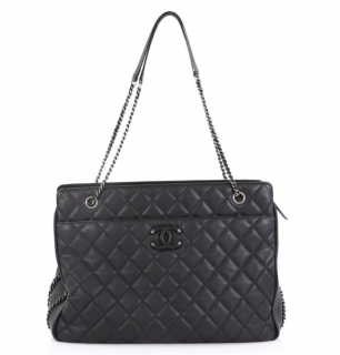 Chanel calfskin quilted frame in chain tote